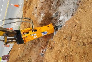 TECHNOLOGY Hydraulic Rock Hammer Model T&H120