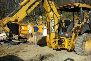 T&H60 Breaker & John Deere 310 Backhoe