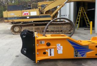 T&H410-2 Install CAT 300 Excavator